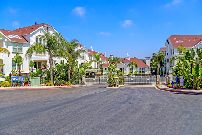 Windward Oceanside Community